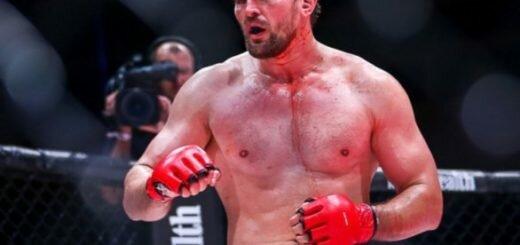 Минаков против победителя гран-при Bellator